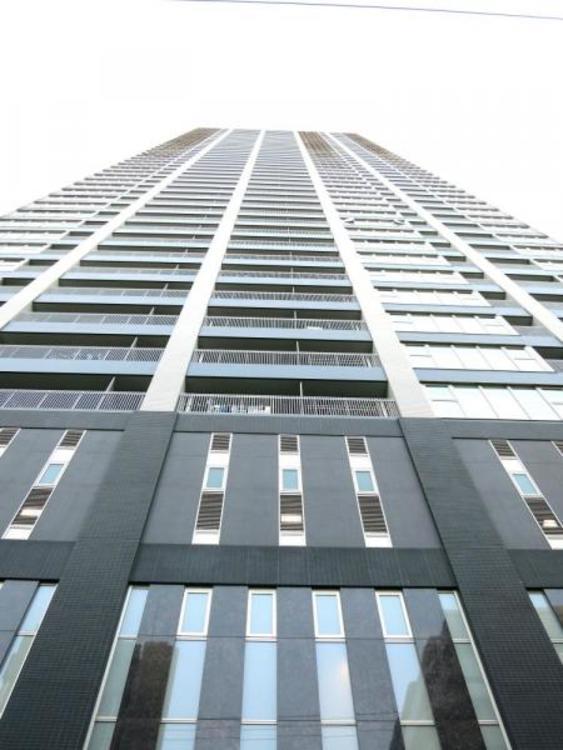 44階建はまさに圧巻。憧れのタワーマンション