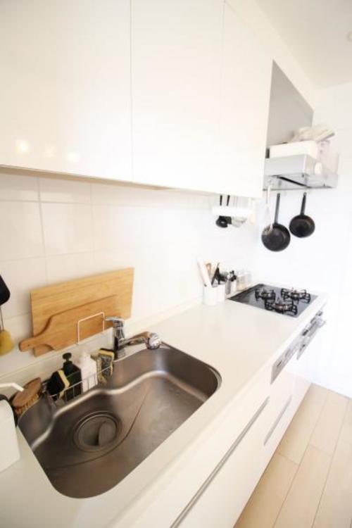 食器洗い乾燥機で家事の負担が軽減するキッチン