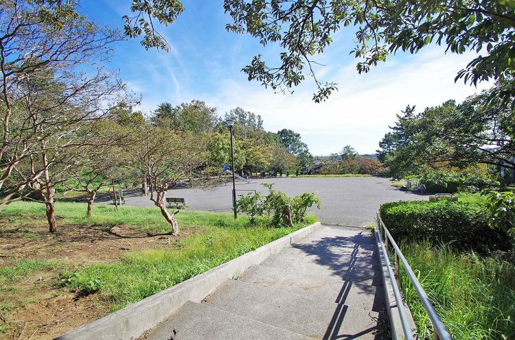 新石川公園 距離600m