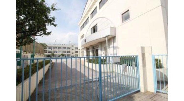 大田区立道塚小学校まで908m 教育目標は、「・ 心ゆたかな子 ・ すすんで学ぶ子 ・ たくましい子」