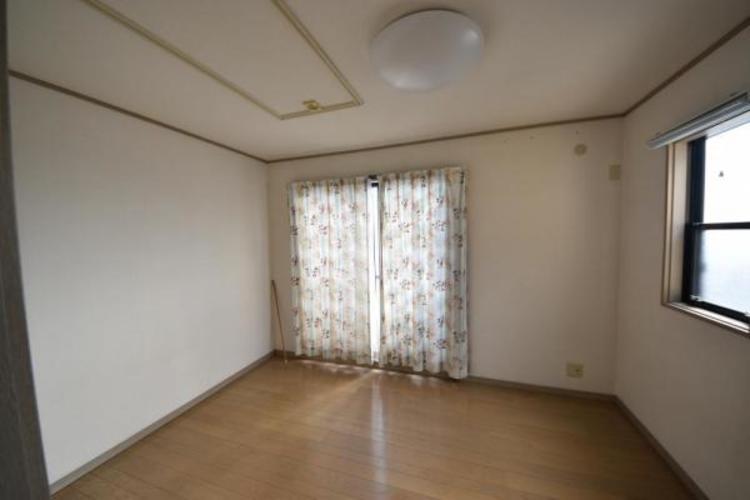 二階の洋室6.0帖