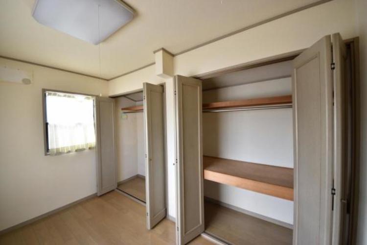 洋室約5.0帖の収納庫