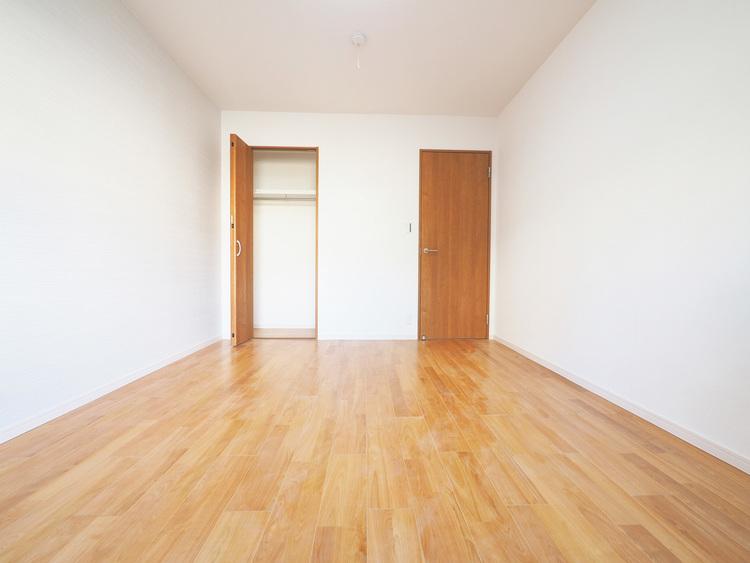 洋室約7.3帖収納スペース