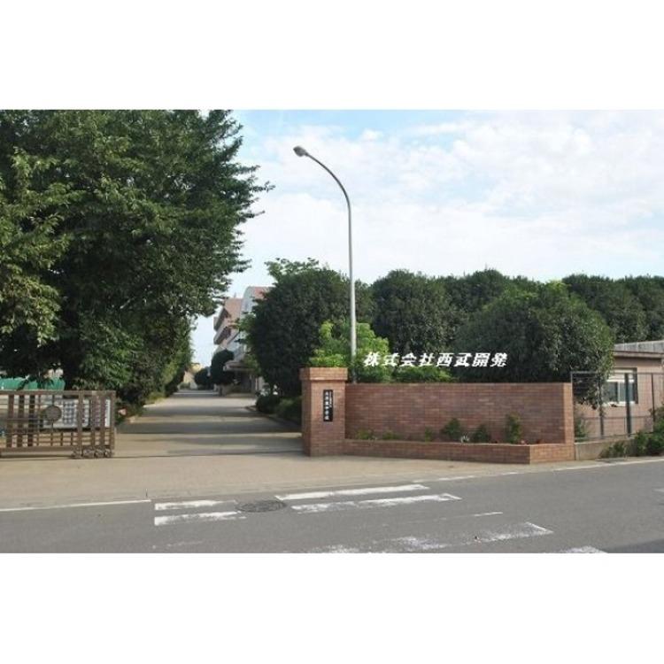 ふじみ野市立大井東中学校(約850m)