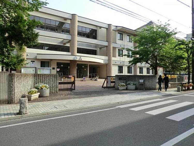 さいたま市立桜木中学校 1300m