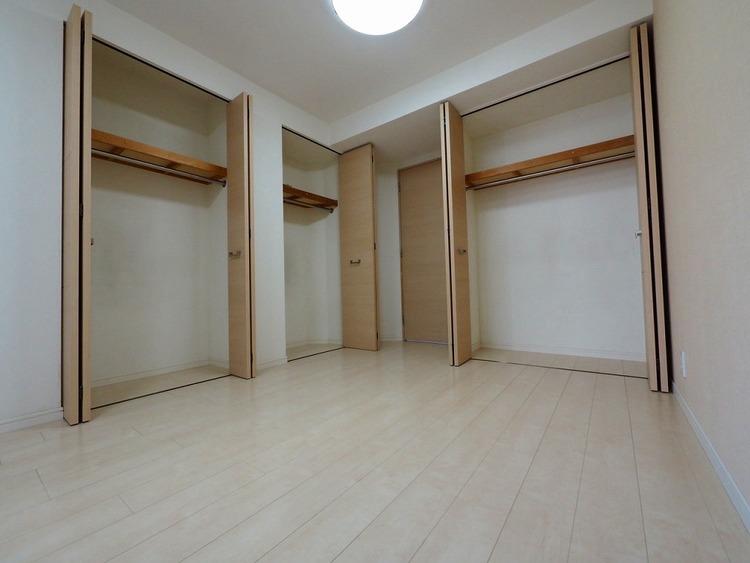 洋室約8.4帖収納スペース