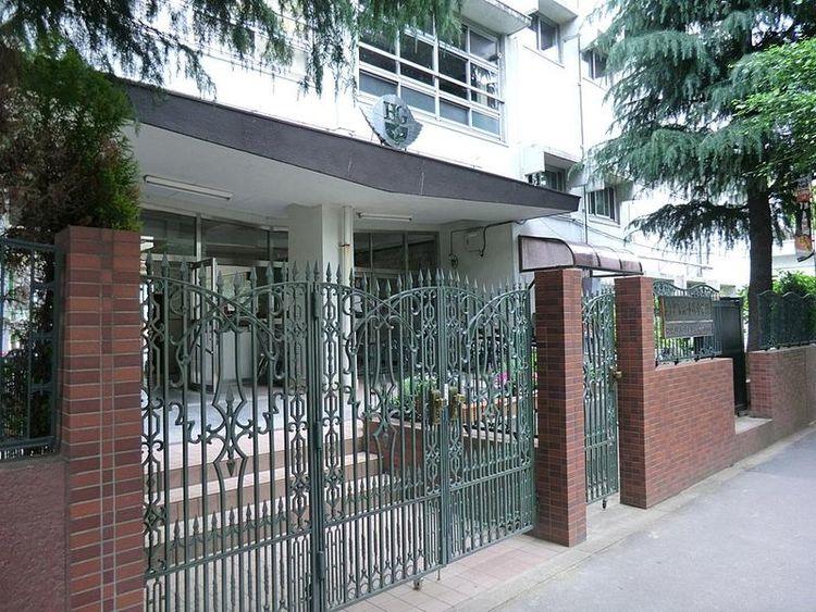 渋谷区立宿外苑中学校 徒歩10分 850m