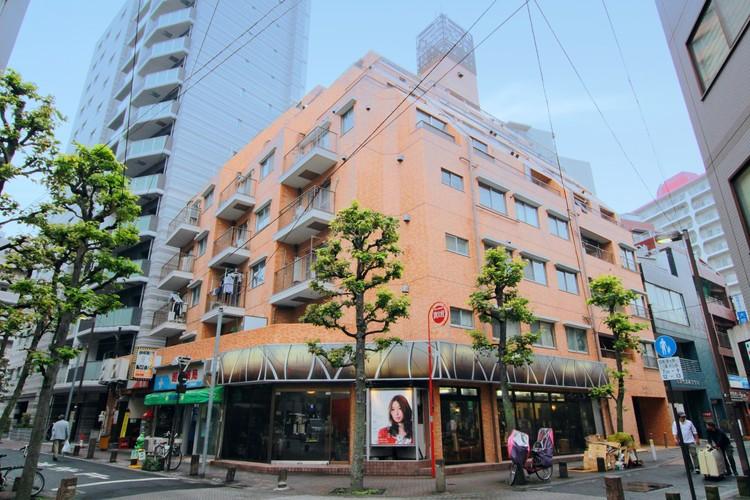 都心へのアクセス快適なJR京浜東北線、東京メトロ南北線「王子」駅徒歩4分。3駅3路線が利用可能な好立地
