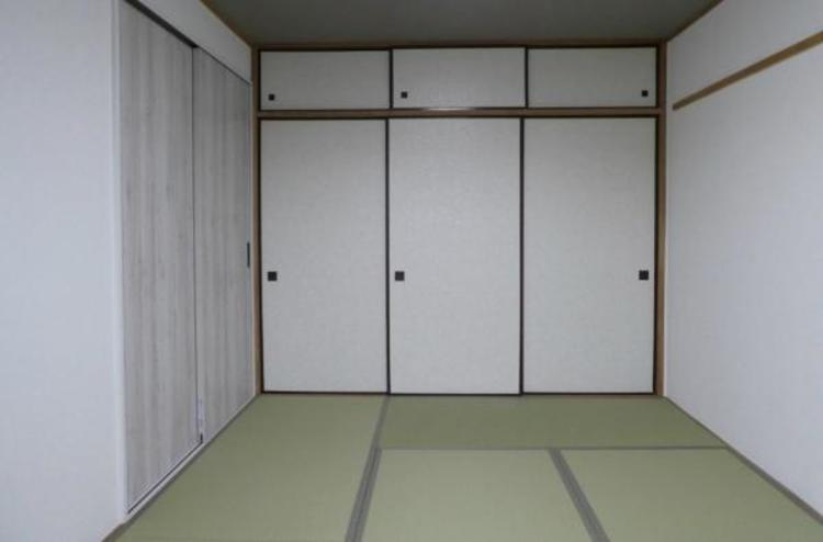 ●すぐ横になれる和室で寛ぐひと時。お子様のお昼寝スペースとしても大活躍しますね!