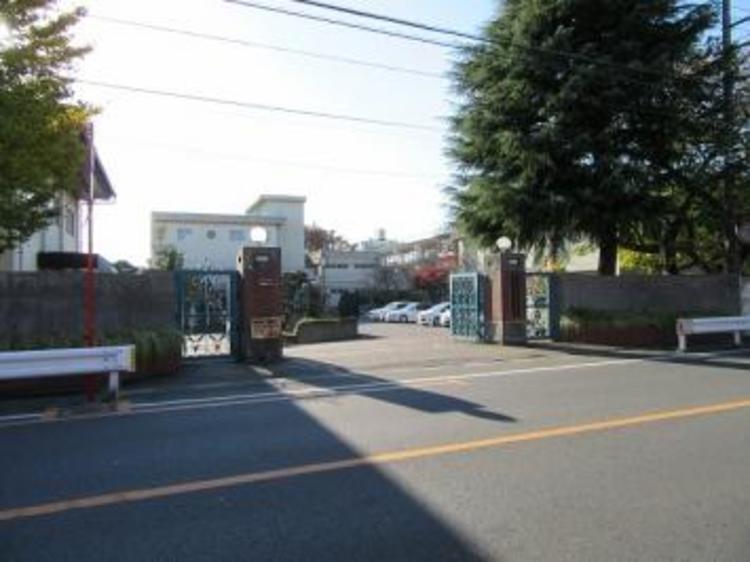 さいたま市立本太中学校 約950m