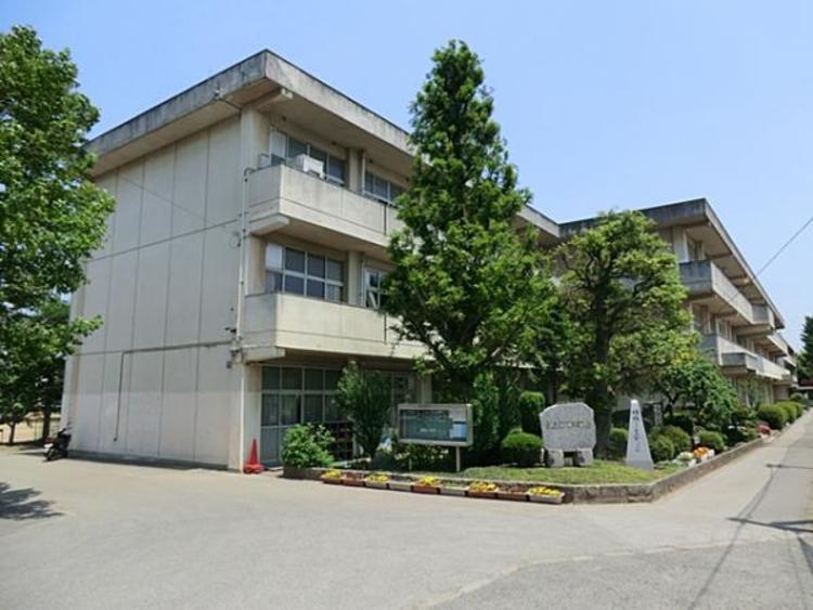 上尾市立原市中学校895m