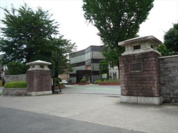 県立浦和高等学校 約800m