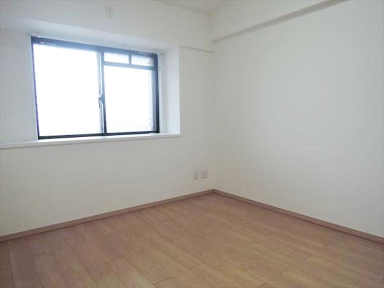 各洋室には、収納スペースあり安心。