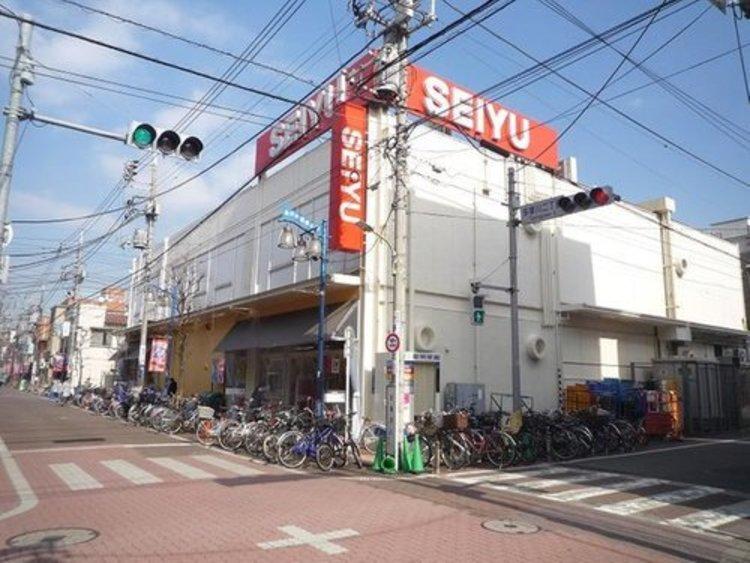 西友矢口ノ渡店まで461m 年中無休(24時間営業 ※一部を除く)。1Fは生鮮食料品と惣菜のフロア。2Fは食料品と暮らしのフロア。