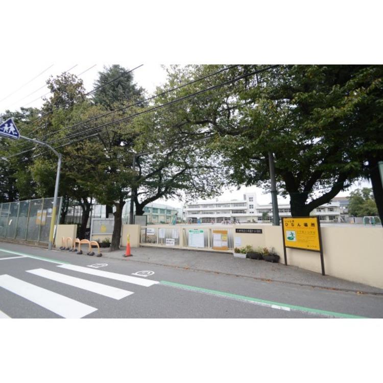 第十小学校(約80m)