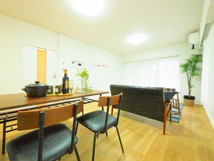 約17.8帖のリビングは好き家具を置いて好みの空間に○