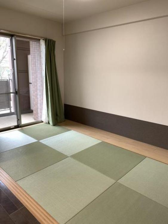 ●おしゃれな和室はほっと一息つける空間に。お子様のお昼寝スペースとしても大活躍しますね!