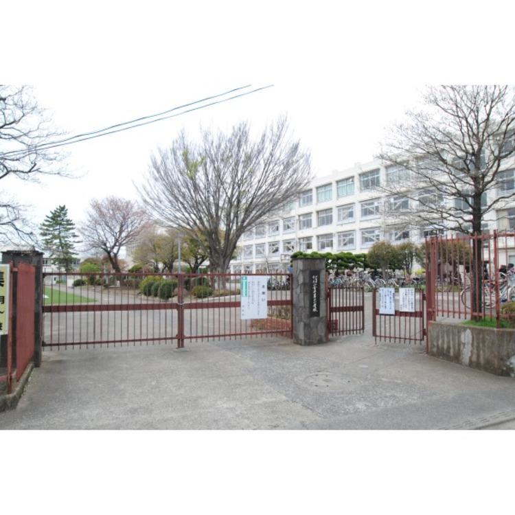 第二小学校(約630m)