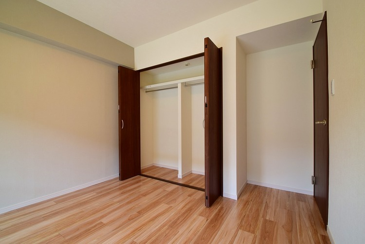 洋室約7.0帖収納スペース