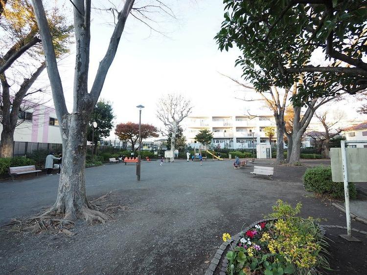 世田谷新町公園 距離400m