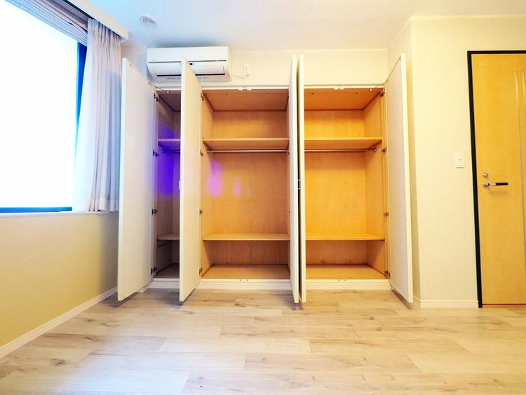 洋室約8.0帖収納スペース