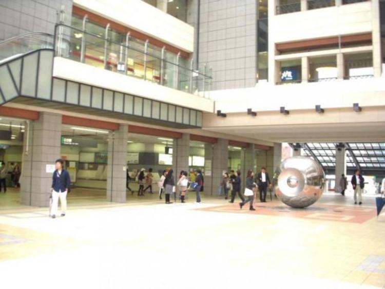 日吉駅 1680m