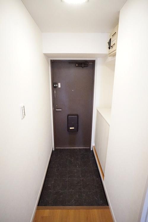 シューズボックスのある玄関スペース