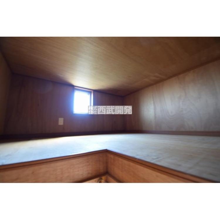 【収納】何かと便利な小屋裏収納付き!スキー用品や暖房器具など季節の入替え品を上手に収納してください!