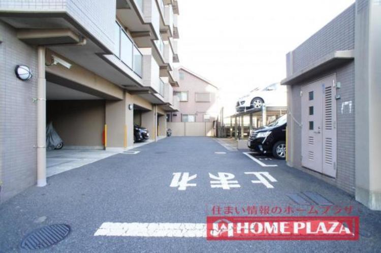 駐車場が敷地内にございます!