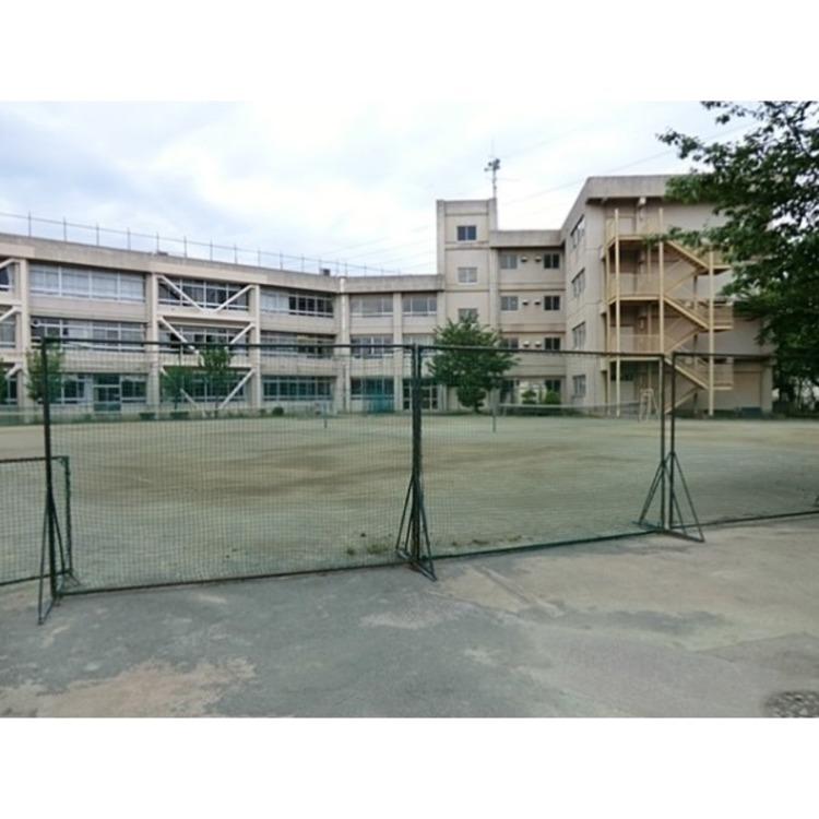 東村山第六中学校(約760m)