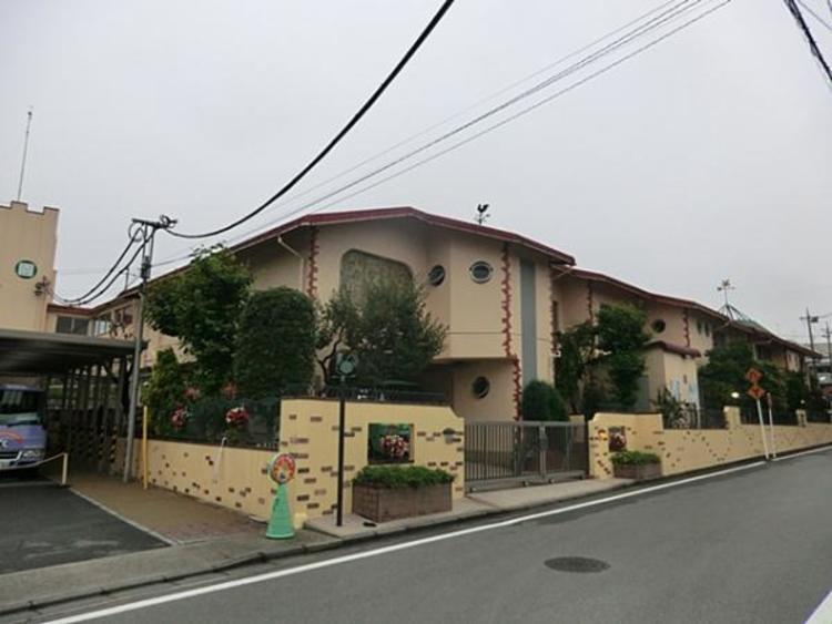 緑ヶ丘幼稚園 447m