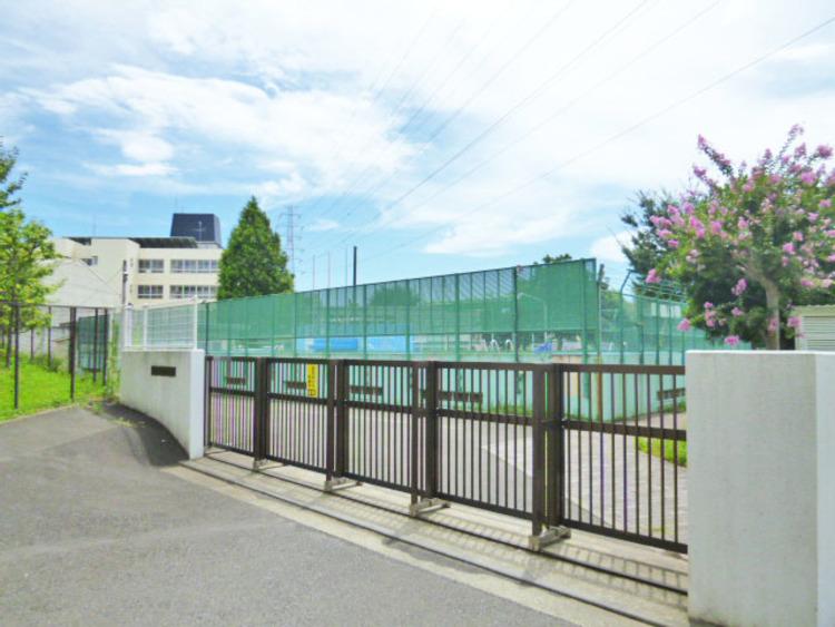 横浜市立美しが丘東小学校 距離400m