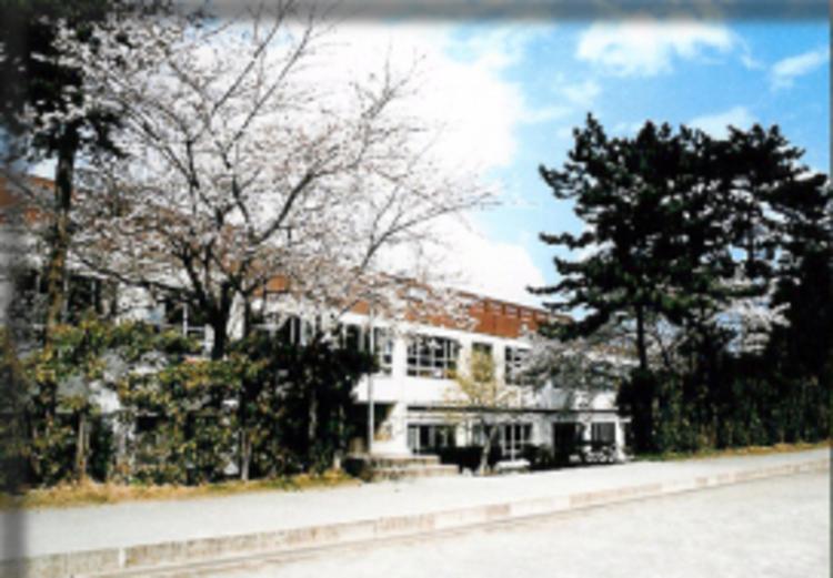 船橋市立前原中学校