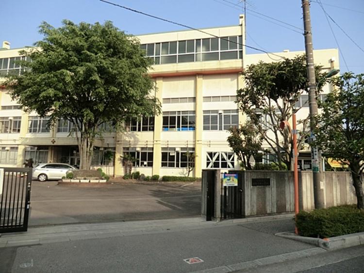 川口市立十二月田小学校491m