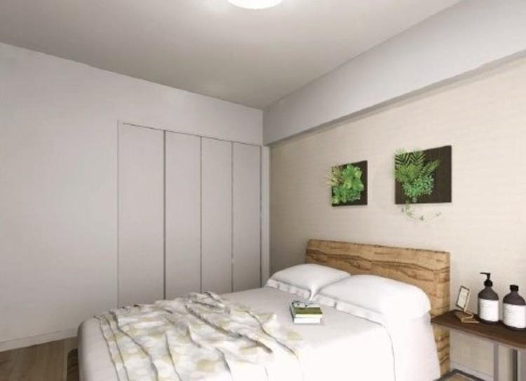 一部壁面には、空間に馴染みやすい淡い色合いのアクセントクロスを採用