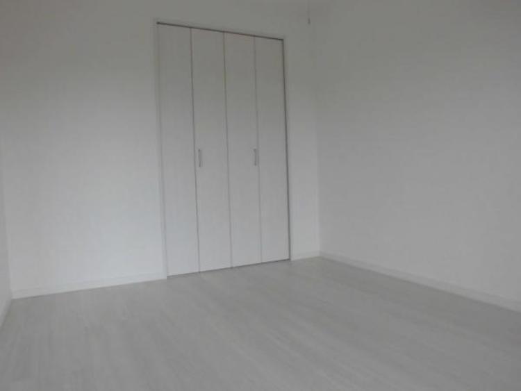 ●全室収納付きで増えていく荷物もスッキリ片付きますね!