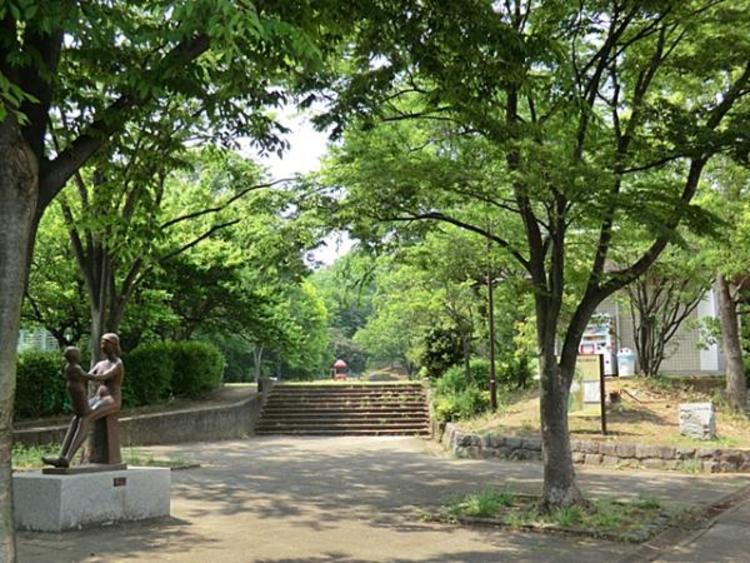 久保山公園 733m