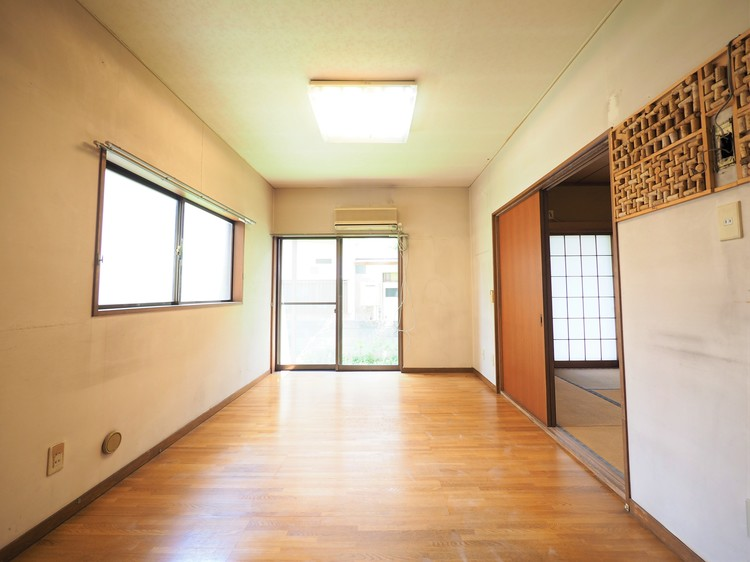 リビング横には和室のお部屋もあります!