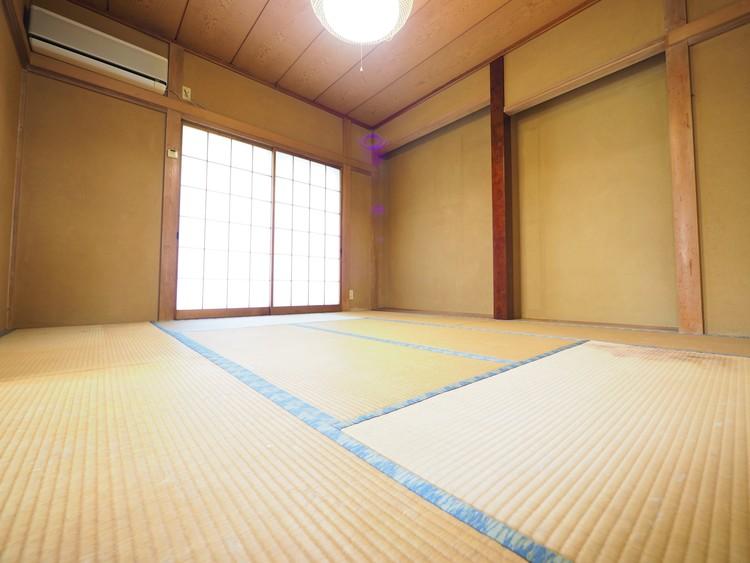 リビング横の和室です!お家に1室あるといいですね。