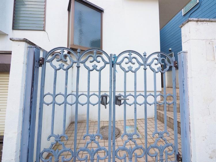 門扉がとても可愛らしいです!