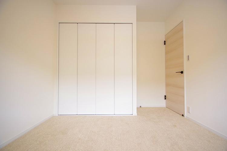 洋室約5.7帖収納スペース