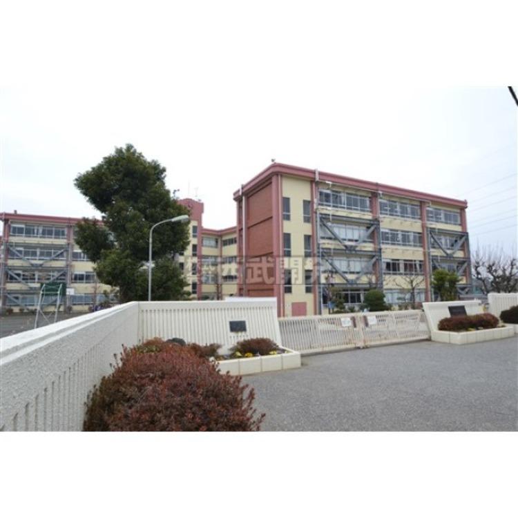 東村山第四中学校(約980m)