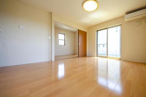 土地約46坪 平成24年築 床暖房つき 広い庭 所沢市北岩岡の物件画像