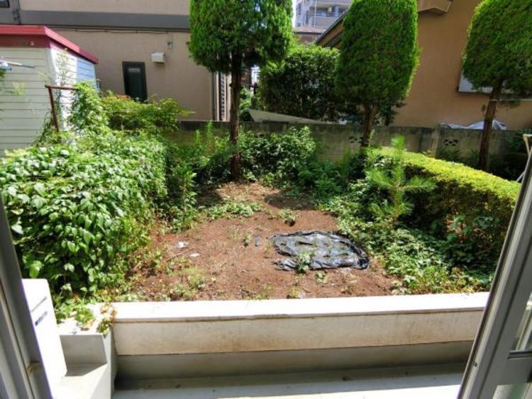 こちらのお庭で家庭菜園などを楽しめます♪
