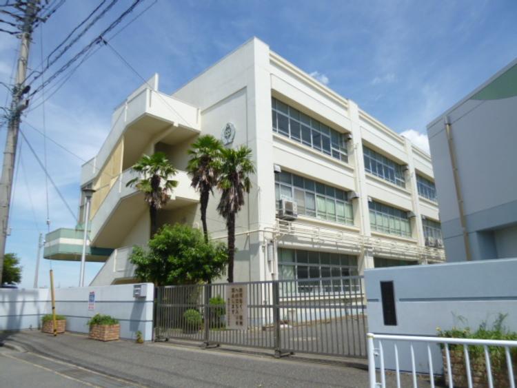 横浜市立中川中学校 距離1400m