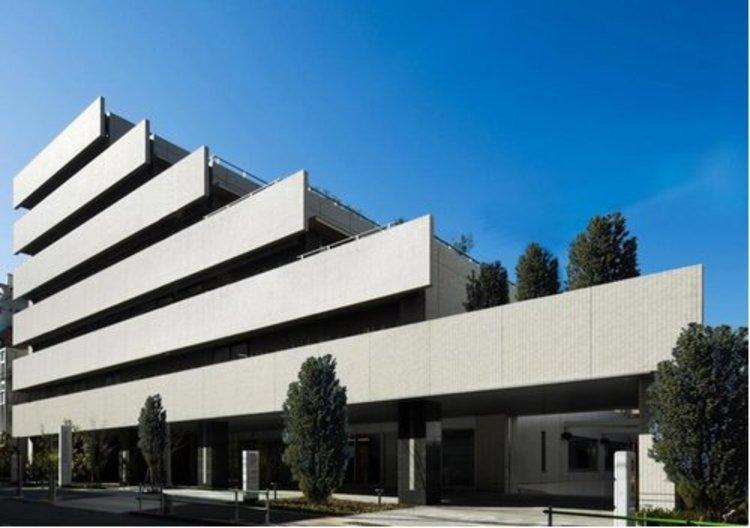 公益財団法人心臓血管研究所付属病院まで960m 昭和34年に循環器系疾患の研究機関として設立されました。高いレベルで運営・維持することに注力しています。