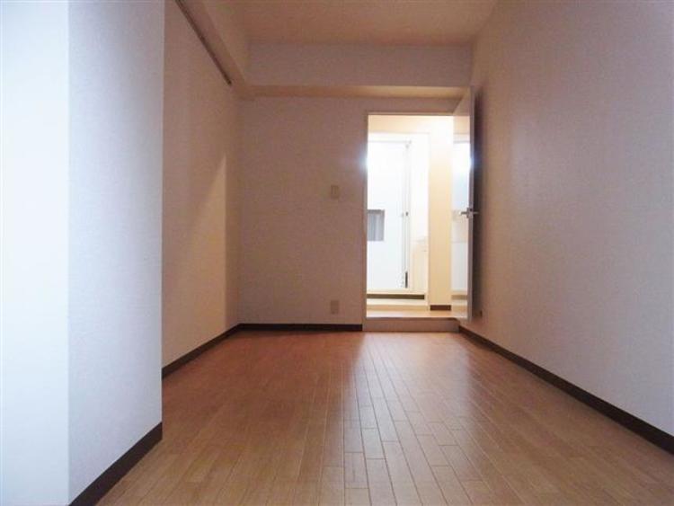 洋室2は6.3帖の広さになります。