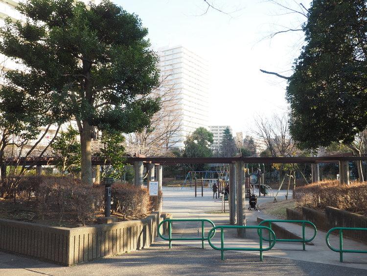 四季の香公園 距離479m
