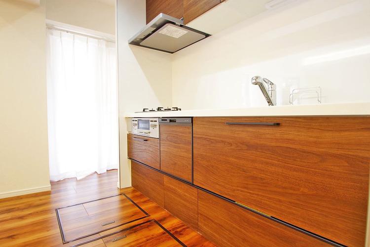 収納スペースが充実しているキッチンはお片付けも楽ですね
