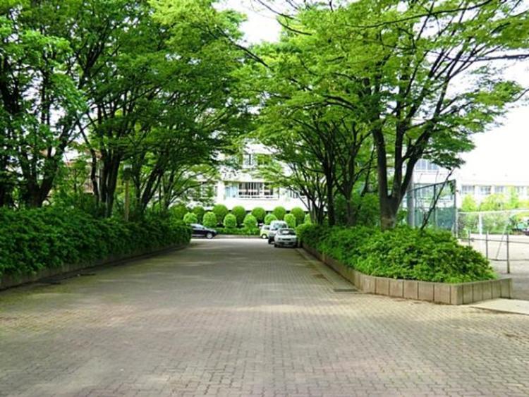 草加市立谷塚中学校2000m